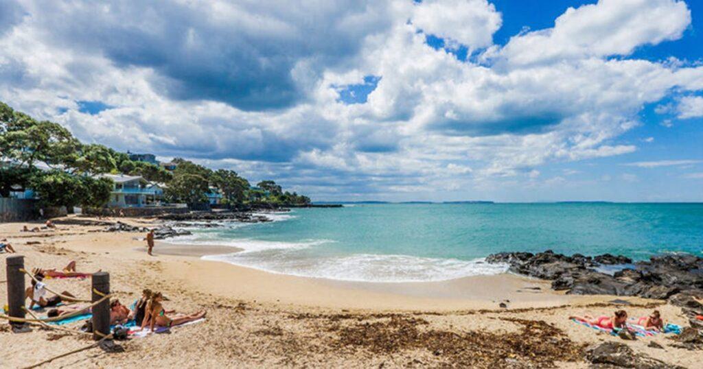 Пляж Торн Бэй, Северный берег