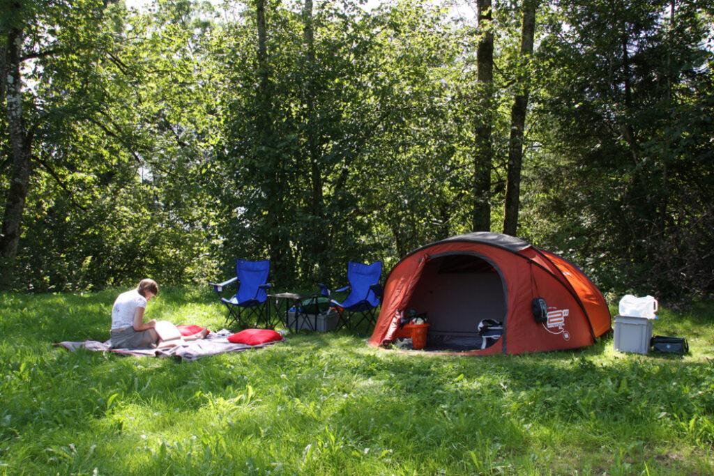 Хорошая площадка для палатки - это ключ к успеху