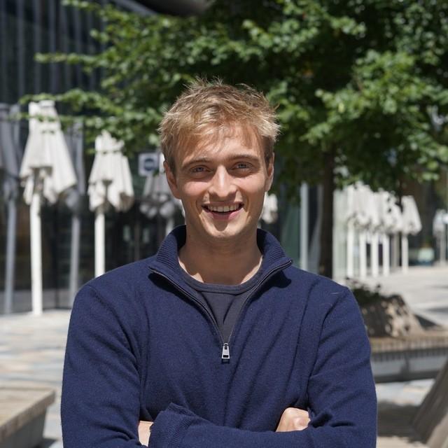 Оливер Кикс (Великобритания) - партнер RLC Ventures