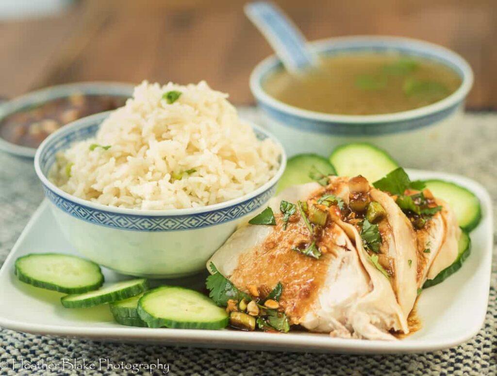 Сингапурский куриный рис по-хайнаньски