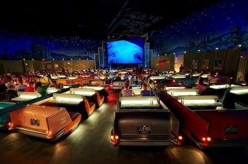 Научно-фантастический кинотеатр на студии Диснея, Лос-Анджелес, США