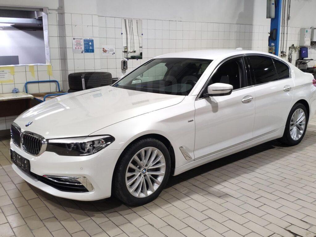 BMW 5 серии (2017-настоящее время)