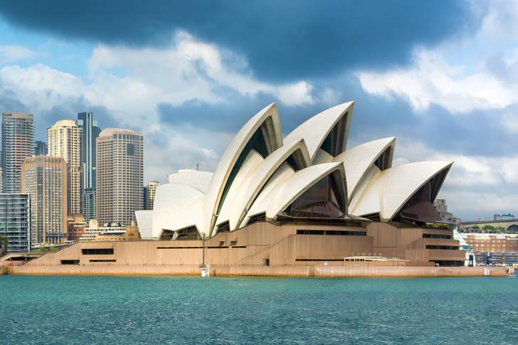 Сиднейский оперный театр - Сидней, Австралия
