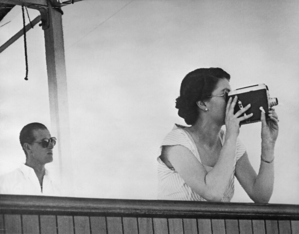 Королева Елизавета и принц Филипп на Фиджи