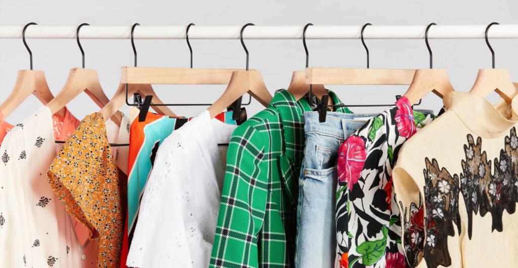 Женскую одежду сложнее чистить, чем мужскую