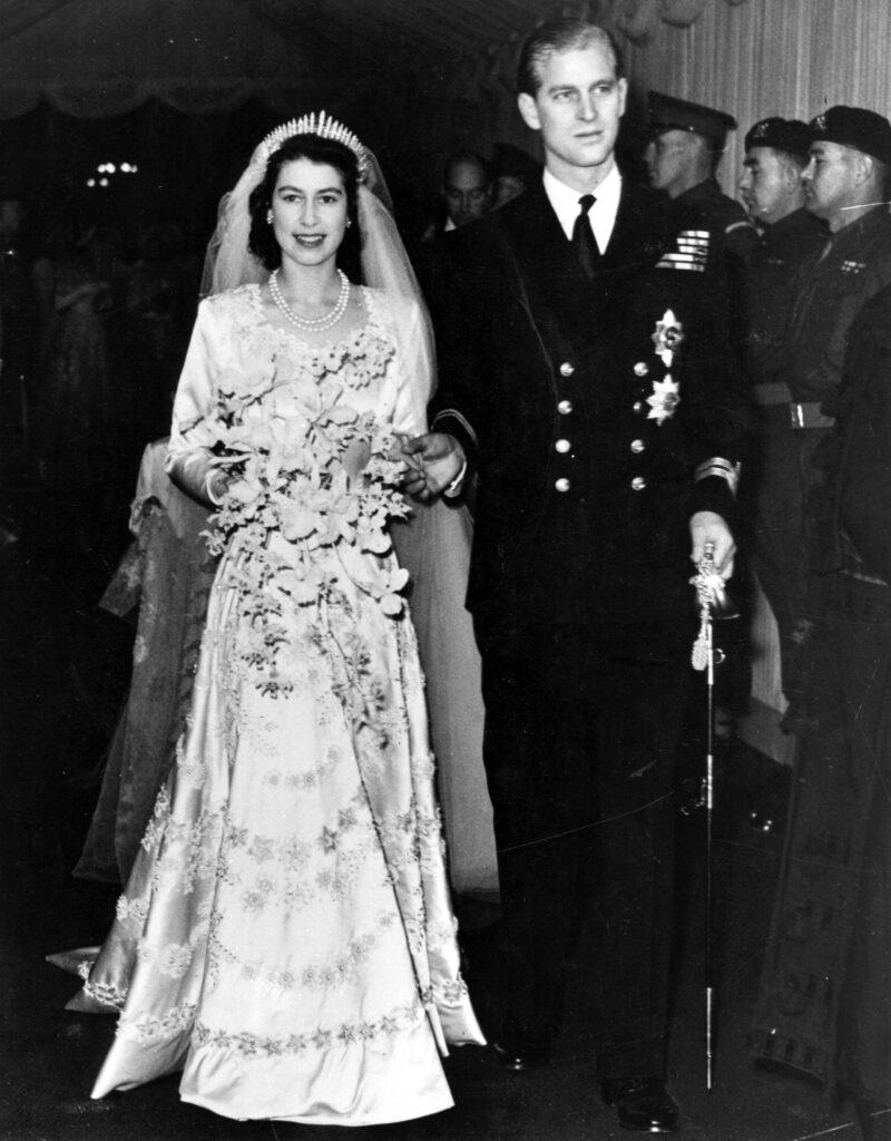 Принцесса Елизавета и герцог Эдинбургский на свадьбе