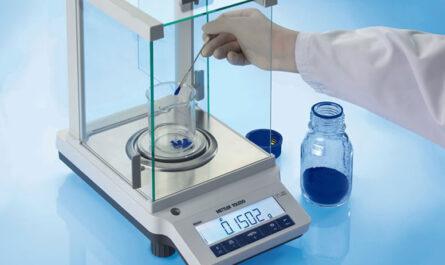 Что следует учитывать при покупке лабораторных весов?