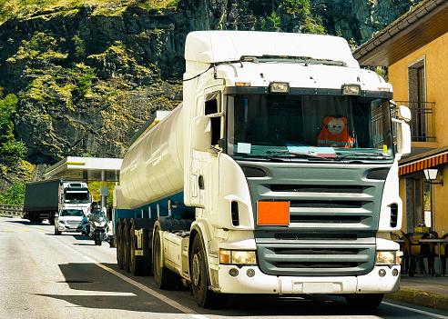 В этих странах платят водителям грузовиков самые высокие зарплаты