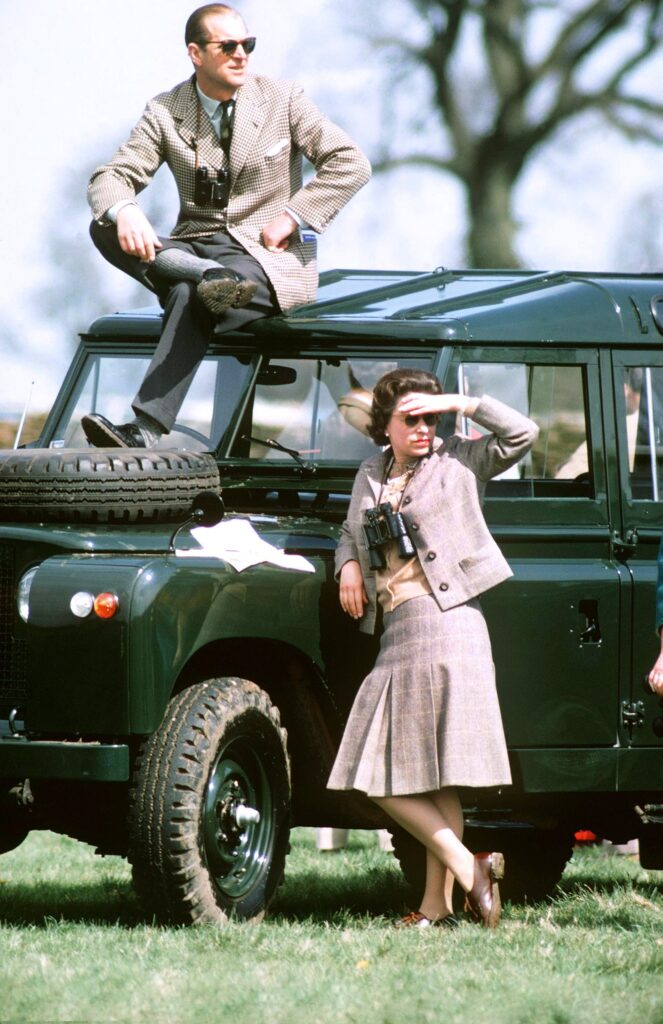 Королева и принц в Глостершире