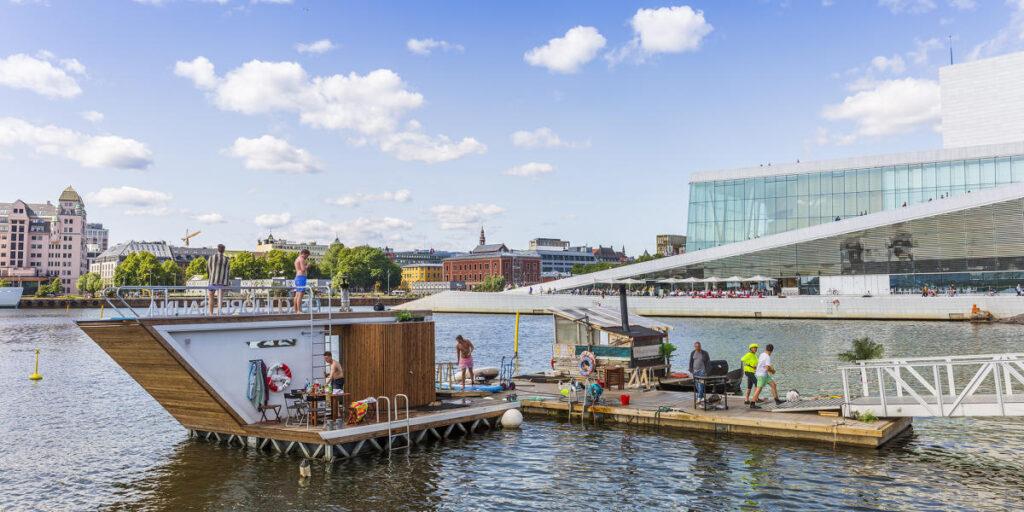 Баня с видом на театр - Норвегия