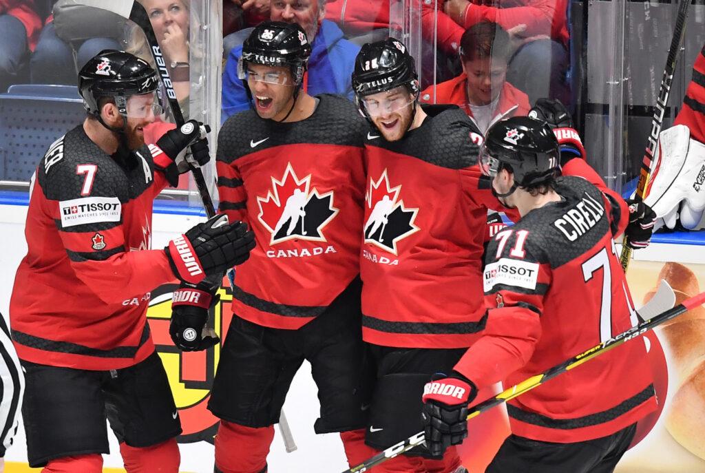 Чемпионат мира по хоккею с шайбой