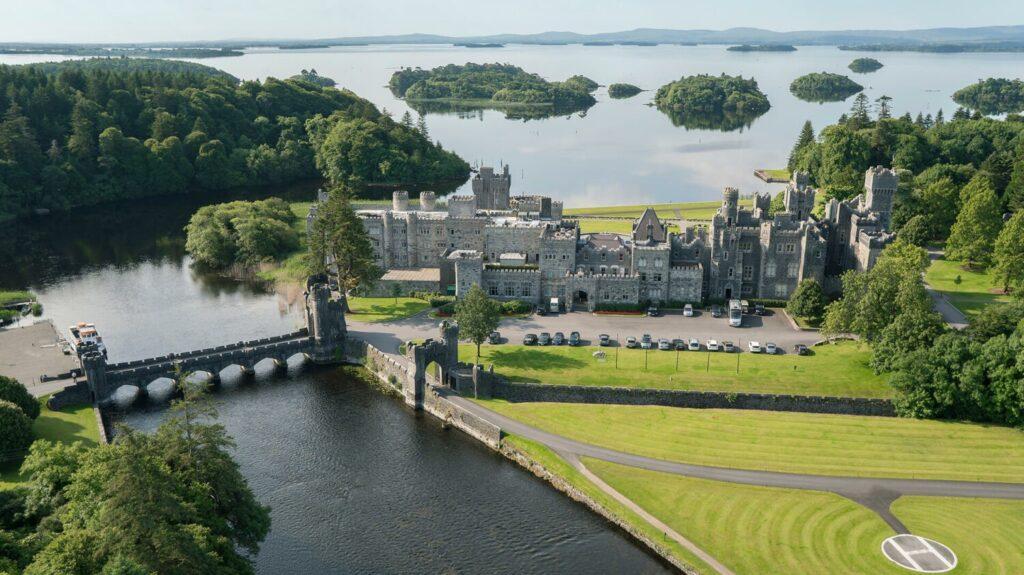 Замок Эшфорд, графство Мейо, Ирландия