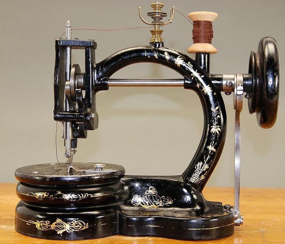 4000 типов швейных машин