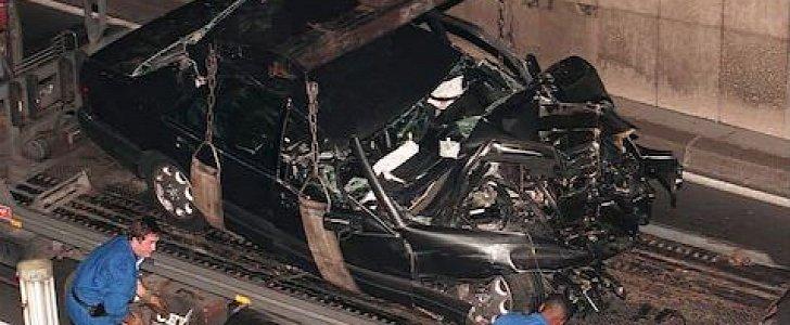 Смерть Дианы в автомобильной аварии в Париже