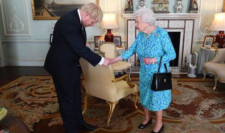Королева встречается с премьер-министром каждую неделю