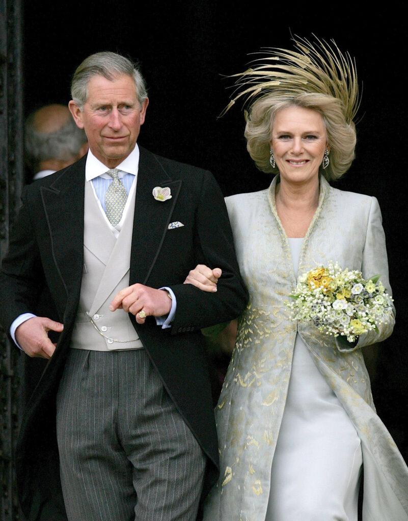 Принцу Чарльзу и Камилле не разрешили венчаться в церкви