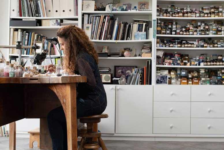 Анита Порше - художница-эмальер из Швейцарии