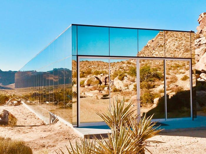 Дом-невидимка (Джошуа Три, Калифорния)