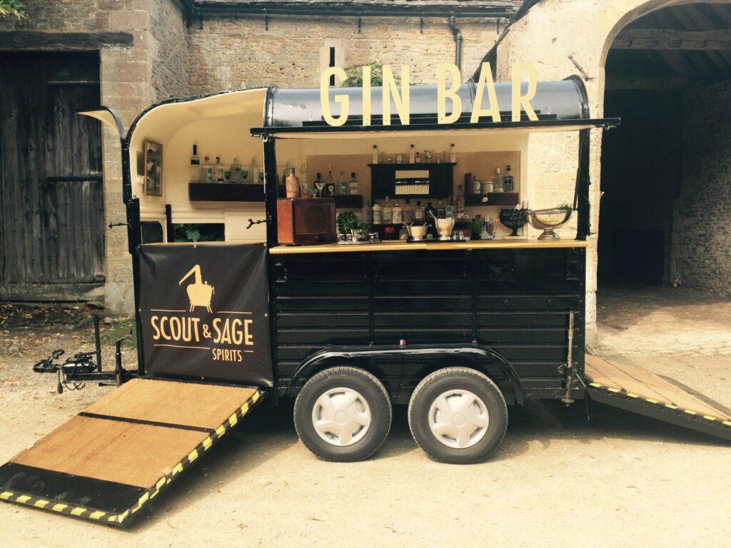Scout & Sage Gin Bar, Великобритания