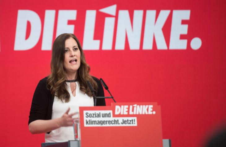 Левая партия: четырехдневная/30-часовая рабочая неделя (у Исландии)