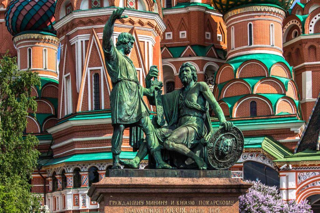 Памятник Минину и Пожарскому, Москва